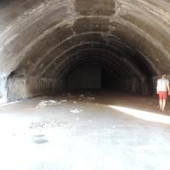 Guide Miran and debris at entrance